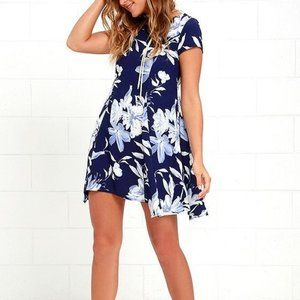 Lulus through the fields navy blue floral lace back shift dress women's small
